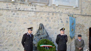 Photo of Il saluto dell'ex  sindaco Rossella Spagnuolo a  Vincenzo Marcone  , ultimo reduce di guerra