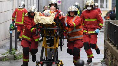 Photo of Parigi: attacco vicino all'ex sede di Charlie Hebdo, 4 feriti. Fermati due sospettati